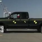 Σας βρήκαμε αμάξι με τετράγωνες ρόδες- Αντέχετε ένα test drive; (Mythbusters- Video)